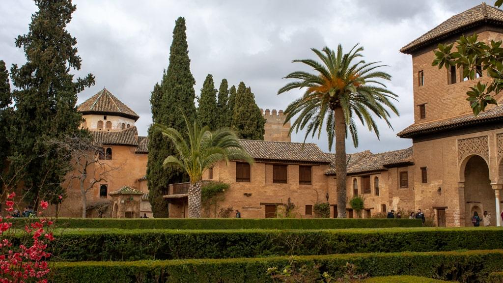 Ogrody Alhambry w Granadzie