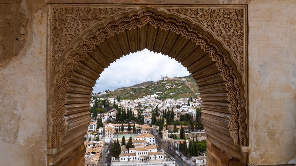 Widok na Granadę z Alhambry