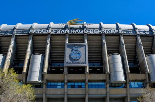 estadio santiago bernabeu fasada, zwiedzanie stadionu realu madryt