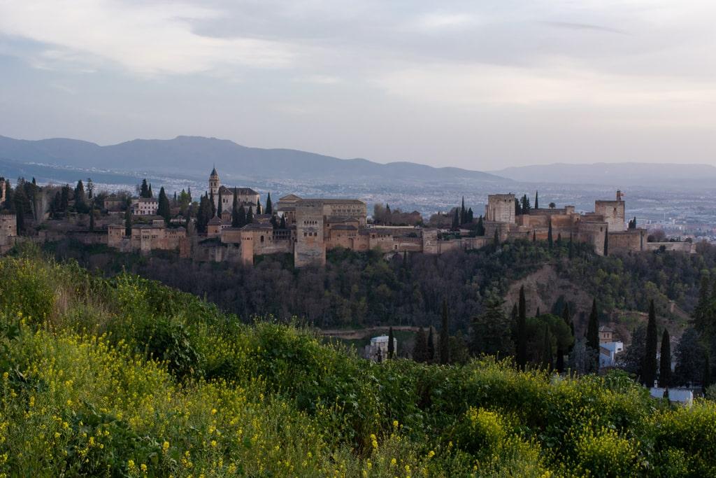 Widok na Alhambrę