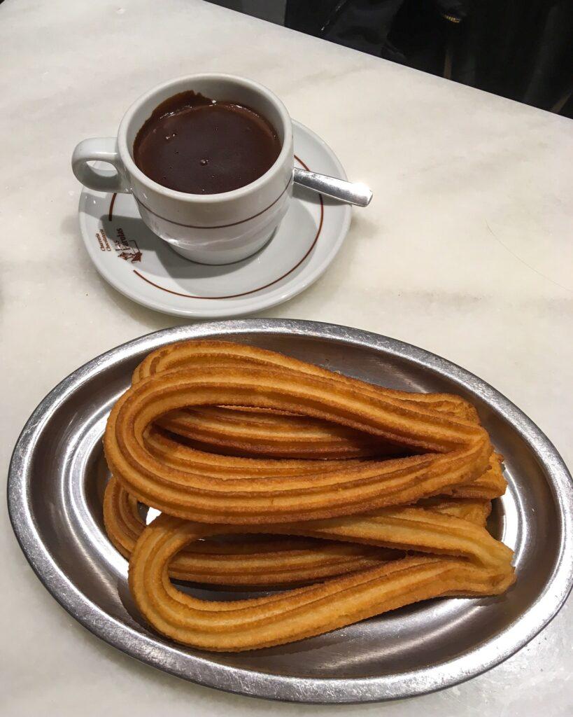 Gdzie zjeść najlepsze churros w Madrycie?